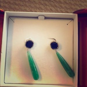 Jewelry - Beautiful black onyx and jade diamond earring.